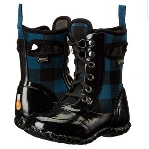 BOGS Sidney lace up plaid waterproof girls boots